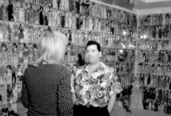美国男子收藏2000个芭比占据4个房间太狂热(图)